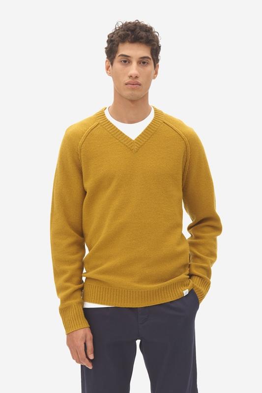 Pullover deep v-neck