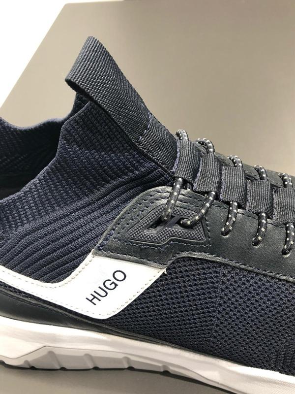 Atom Runn Sneaker