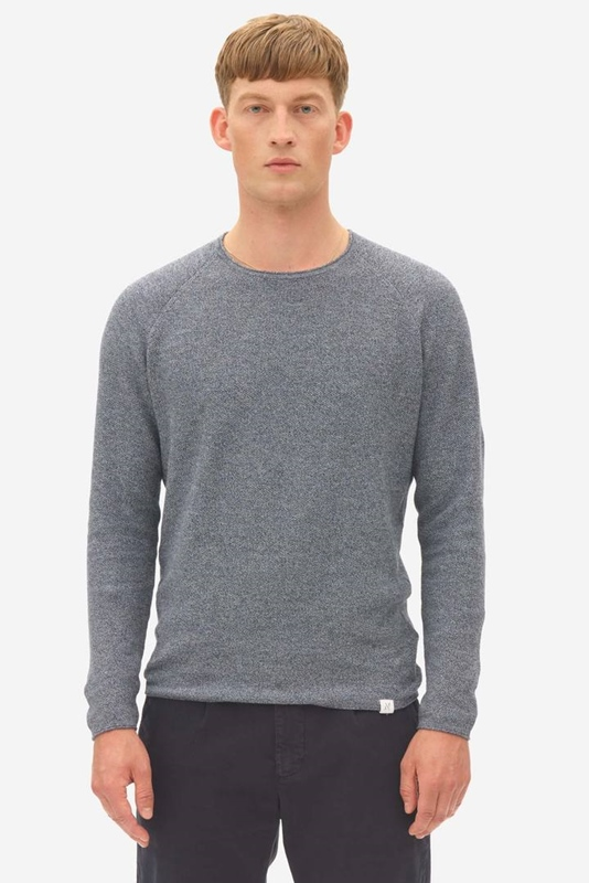 crew neck pullover